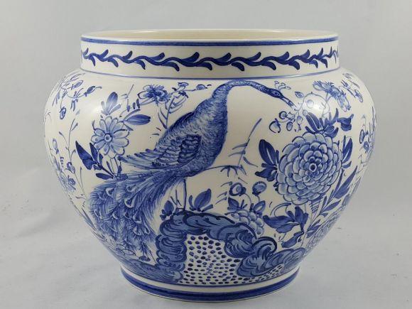 Ceramiche Barettoni Nove - VASO IN CERAMICA DECORATO A MANO DELFT BLU CON PAVONE PEZZO UNICO