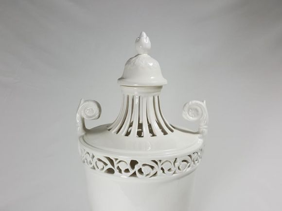 Ceramiche Barettoni Nove - VASO IMPERO TRAFORATO