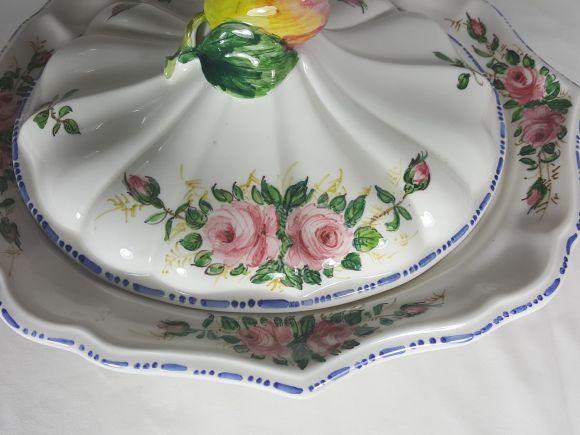 Ceramiche Barettoni Nove - BOMBONIERA IN CERAMICA DECORATA A MANO CON ROSELLINE