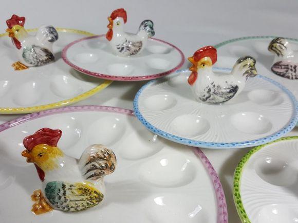 Ceramiche Barettoni Nove - PORTAUOVO IN CERAMICA CON GALLETTO, VASSOIO PER UOVA