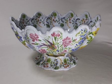 U106 - STAND BOWL WITH BIRDS