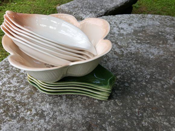 Ceramiche Barettoni Nove - ANTIPASTIERA IN CERAMICA COMPONIBILE PER BUFFET  A FORMA DI FIORE