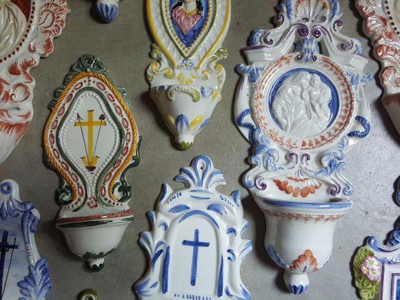 Ceramiche Barettoni Nove - ACQUASANTIERE IN CERAMICA