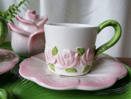 BREAKFAST SERVICE COFFEE CUPS