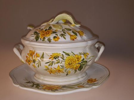 ANTIQUE CERAMIC SOUP TUREEN