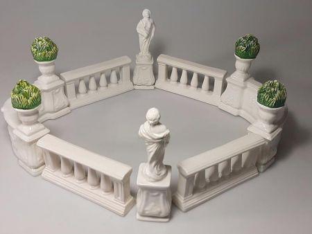 ITALIAN CERAMIC GARDEN TABLE CENTERPIECE