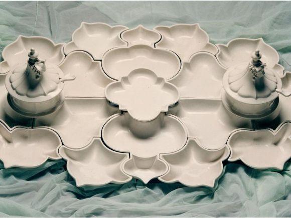 Ceramiche Barettoni Nove - ANTIPASTIERA IN CERAMICA BIANCA COMPONIBILE PER BUFFET ED APERITIVI