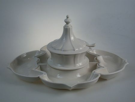 HORS D'OEUVRES SET IN CERAMIC, COMPOSITION FOR BUFFET AND APERITIFS