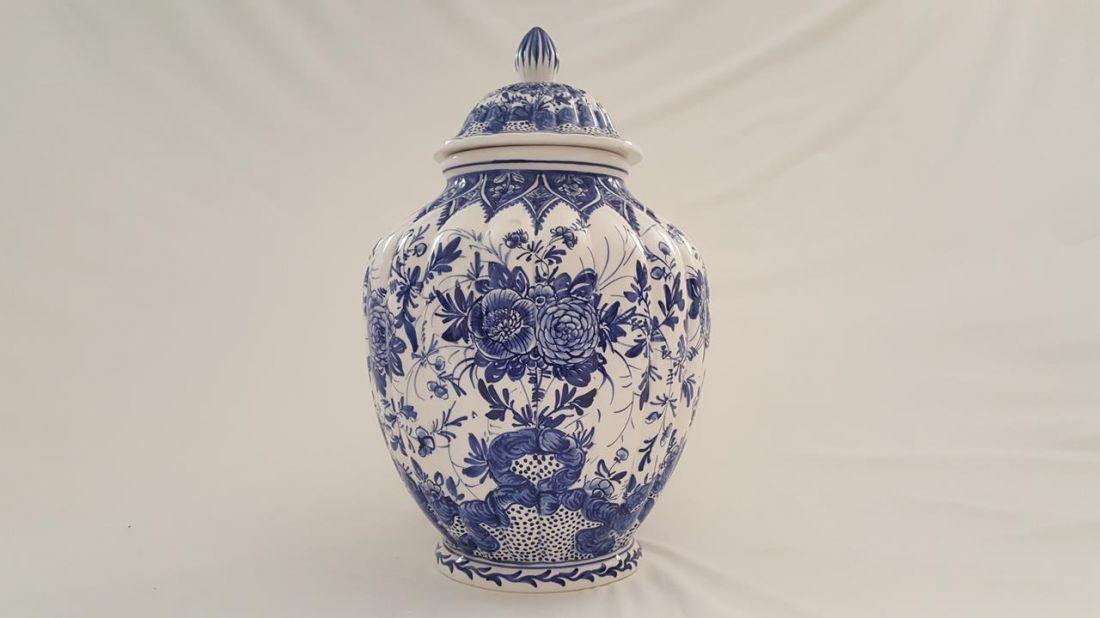 Ceramic Vase With Lid Furnishing Delft Blue Decorated Ceramiche
